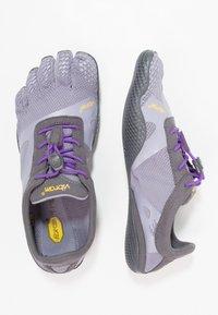 Vibram Fivefingers - KSO EVO - Sportovní boty - lavender/purple - 1