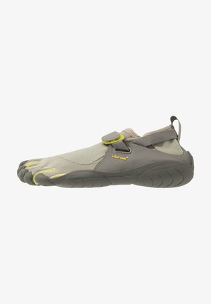 KSO - Minimalist running shoes - taupea/palm/grey