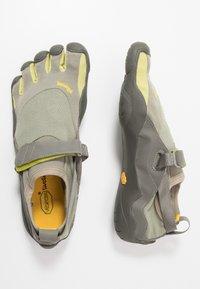 Vibram Fivefingers - KSO - Minimalistické běžecké boty - taupea/palm/grey - 1