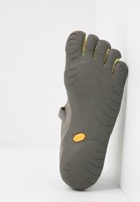 Vibram Fivefingers - KSO - Minimalistické běžecké boty - taupea/palm/grey - 4