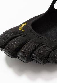 Vibram Fivefingers - V-SOUL - Zapatillas running neutras - black - 5