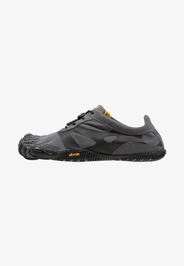 KSO EVO - Minimalistické běžecké boty - grey/black