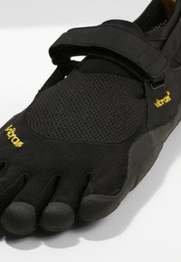 Vibram Fivefingers - KSO - Minimalist running shoes - black - 5