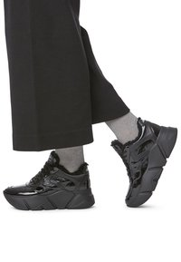 Voile Blanche - Trainers - black - 0
