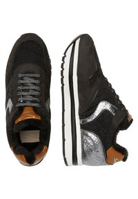Voile Blanche - Trainers - black - 2