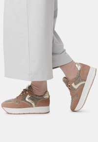 Voile Blanche - Trainers - beige - 0