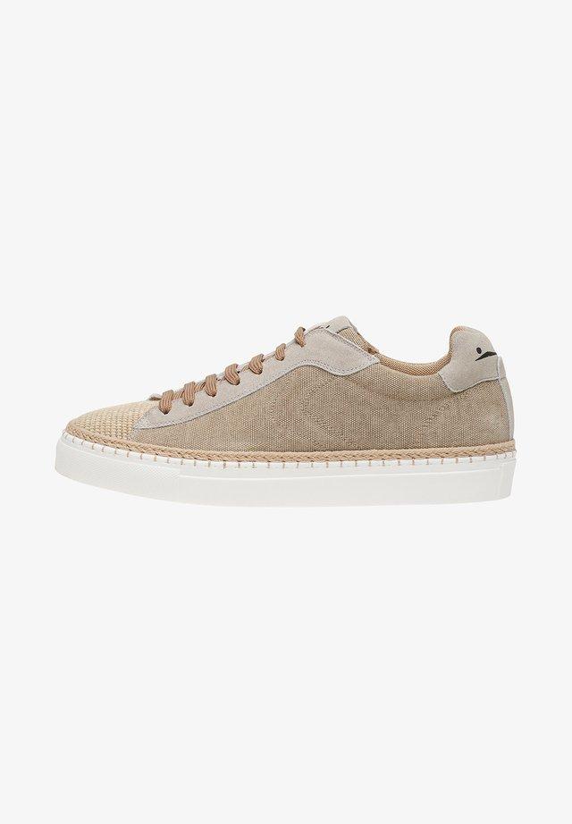 AMALFI - Sneakers basse - beige
