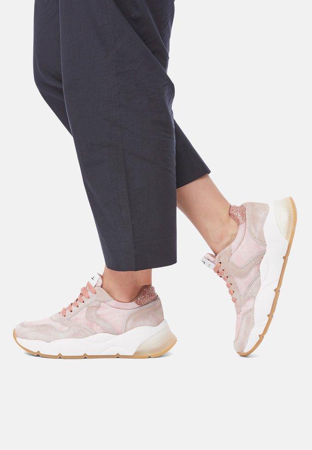 Sneakers basse - rosa