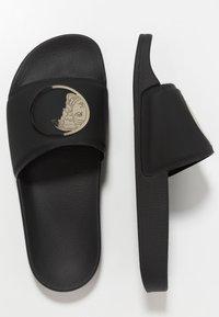 Versace Collection - Sandales de bain - black/gold - 1