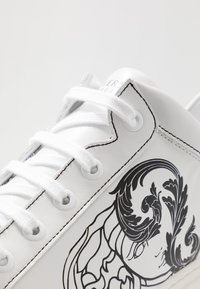 Versace Collection - Trainers - white - 5