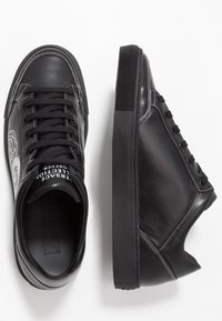 Versace Collection - Joggesko - black - 1