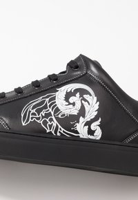 Versace Collection - Joggesko - black - 5