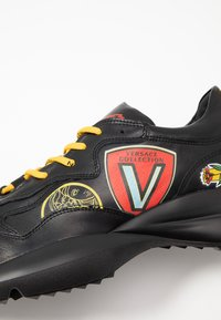 Versace Collection - Sneakers basse - black - 5