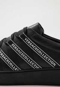 Versace Collection - Baskets basses - black/white - 5