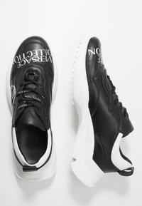 Versace Collection - Sneakers laag - black - 1