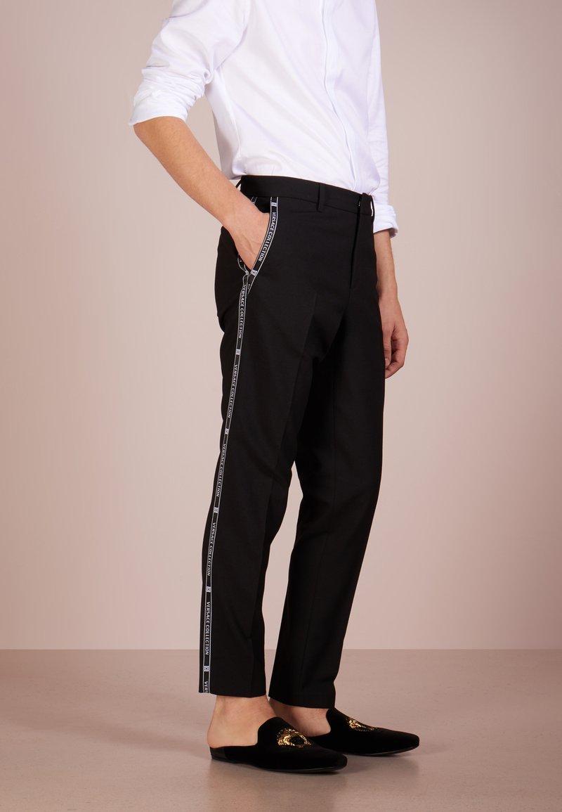 Versace Collection - PANTALONI TESSUTO - Pantalones - nero
