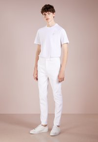 Versace Collection - T-shirt basic - bianco/oro - 1