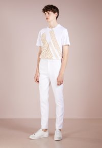 Versace Collection - T-shirt con stampa - bianco - 1