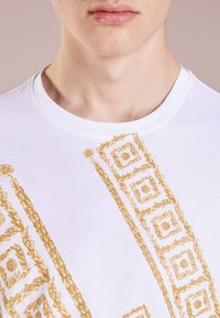 Versace Collection - T-shirt con stampa - bianco - 3
