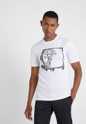 FITTED - T-shirts med print - bianco