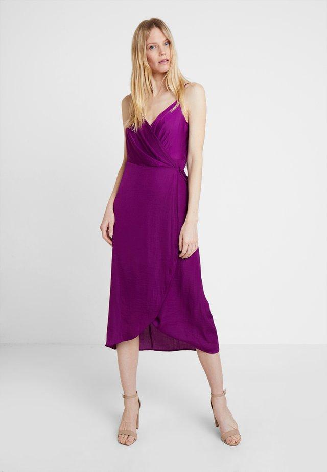 RUMPLE CAMI WRAP DRESS - Day dress - rich magenta