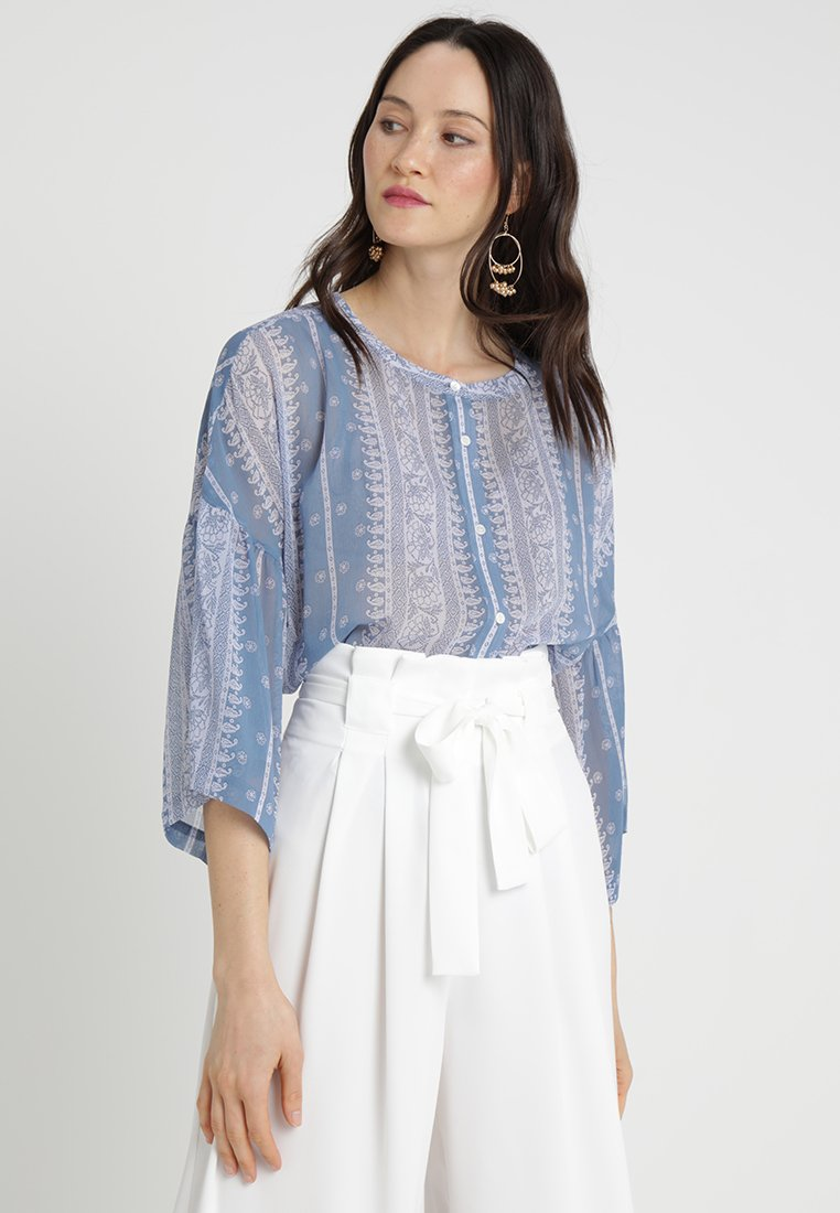 Vince Camuto - RUFFLE COUNTRY BLOUSE - Blusa - patina blue