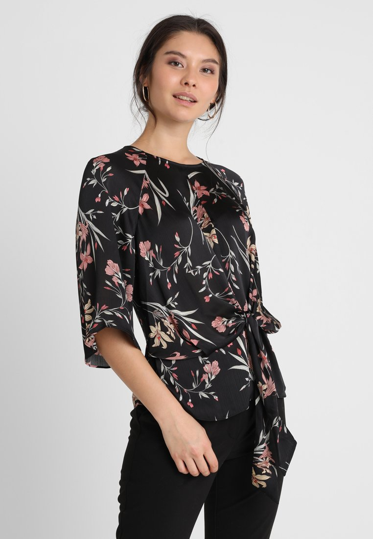 Vince Camuto - BELL SLEEVE TIE FRONT FLORAL SOIREE KEYHOLE BLOUSE - Blouse - rich black