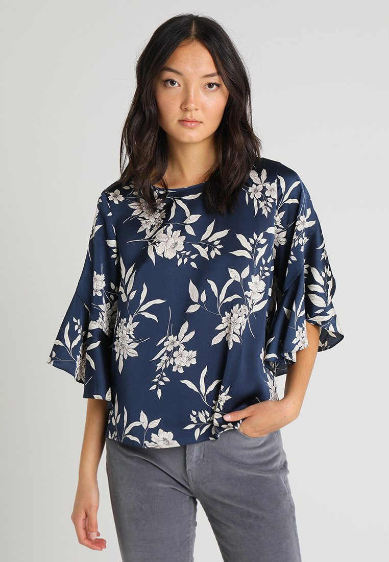 Vince Camuto - BELL SLEEVE REFINED ETCHED BOUQUET BLOUSE - Blůza - ink blue