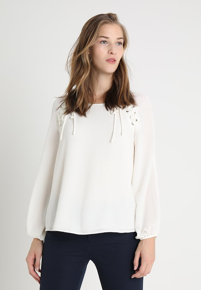 SOFT TEXTURE BLOUSE SHOULDER LACING - Pusero - pearl ivory