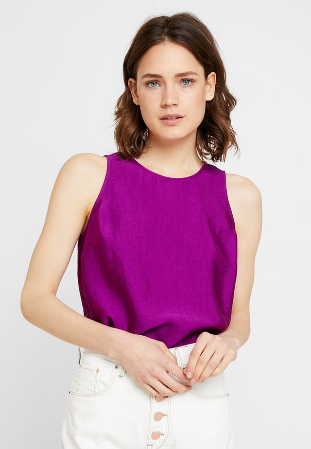 TEXTURED SHELL - Blouse - rich magenta