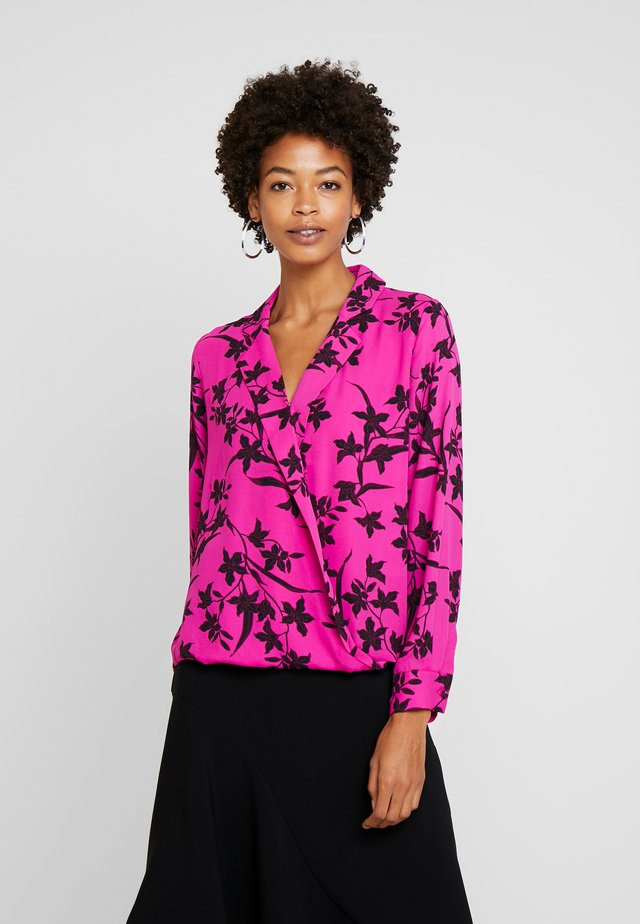 IRIS NOTCH COLLAR FAUX WRAP - Blus - pink shock