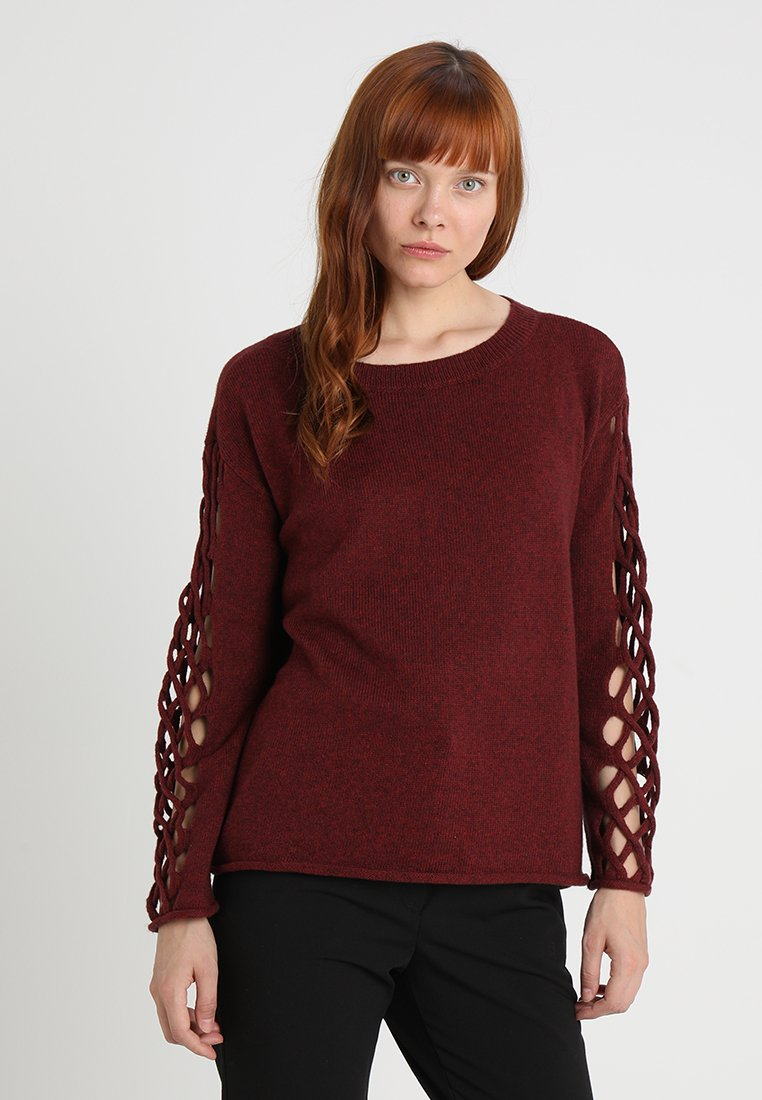 NeckPullover Vince Red Camuto Braided Manor Crew gvbY7fy6