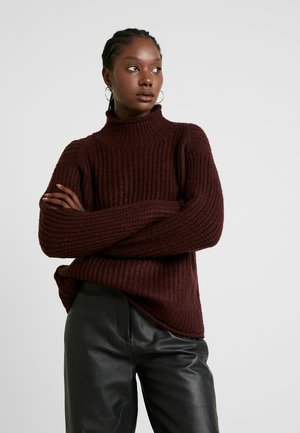 TEXTURE STITCH MOCK  - Pullover - port