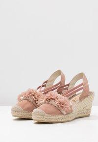 Vidorreta - Sandály na platformě - nude - 4