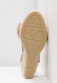 Vidorreta - Sandály na platformě - nude - 6
