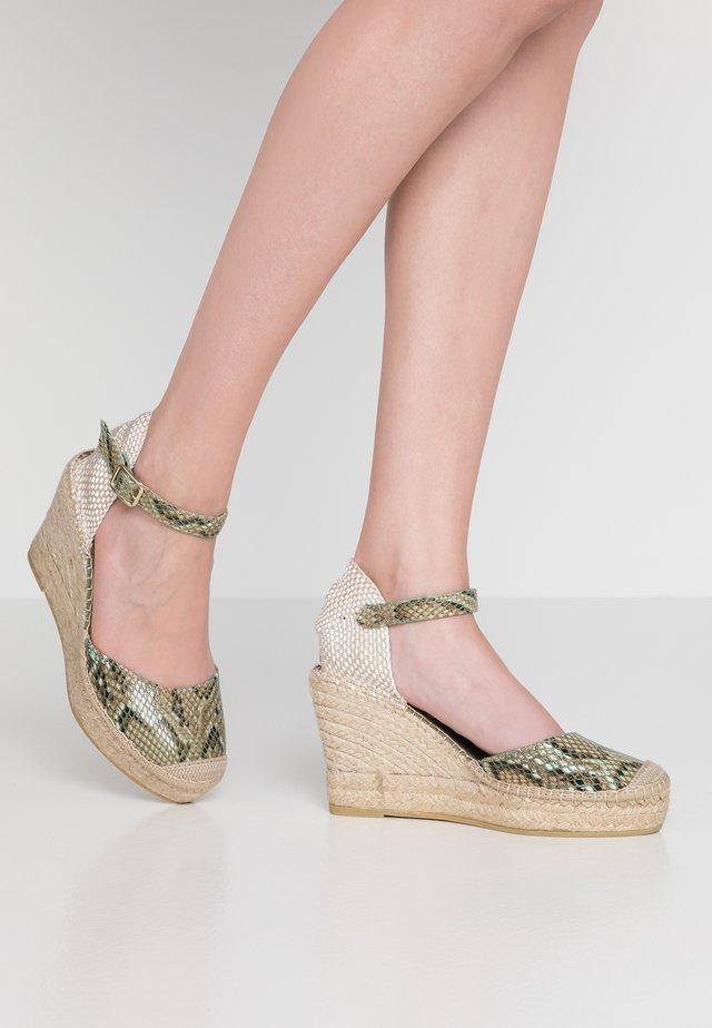 SERPIENTE - Sandalen met hoge hak - kaki