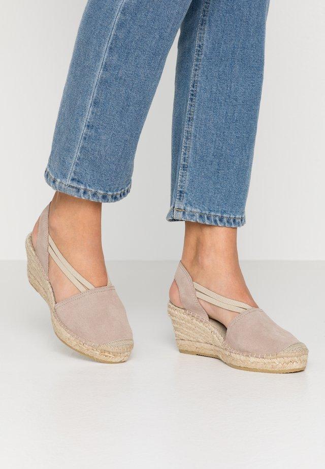 Sandalen met sleehak - piedra