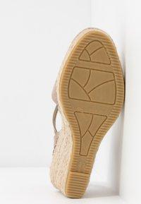 Vidorreta - Sandaletter med kilklack - piedra - 6