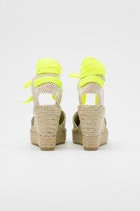 Vidorreta - High heeled sandals - lino piedra/mensaje amaril - 3