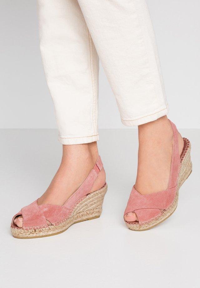 Platform sandals - magnittaje