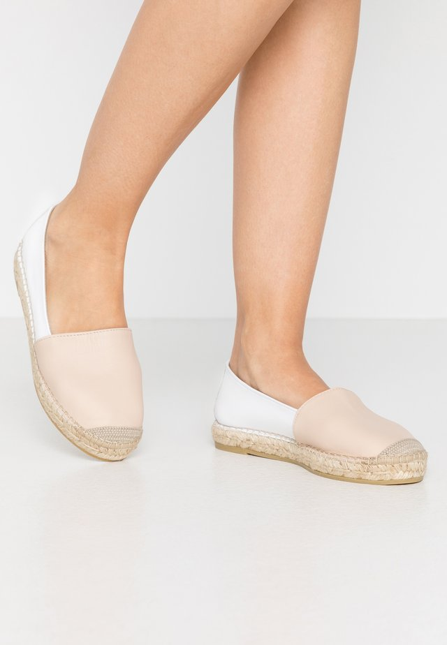 Espadrillos - light brown