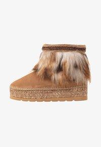 Vidorreta - Winter boots - camel - 1