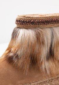 Vidorreta - Winter boots - camel - 2