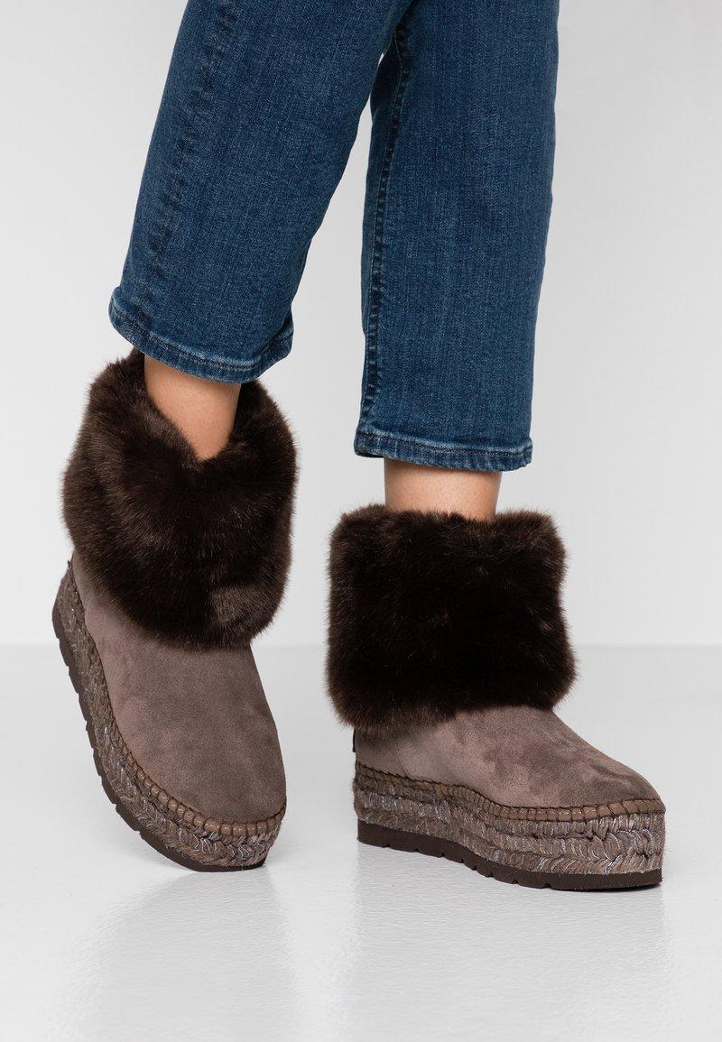 Vidorreta - Vinterstøvler - taupe