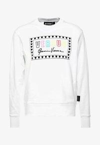 Versus Versace - SPORTIVO FELPA REGULAR FIT UOMO - Sweater - optical white - 3