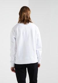 Versus Versace - SPORTIVO FELPA REGULAR FIT UOMO - Sweater - optical white - 2