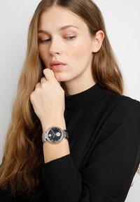 Versus Versace - STAR FERRY WOMEN - Montre - silver-coloured - 0