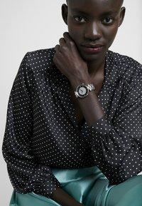 Versus Versace - KRISTENHOF WOMEN - Watch - silver-coloured - 0