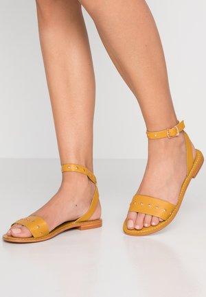VMLOUISA  - Sandals - harvest gold
