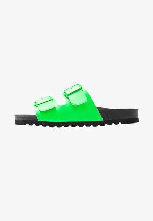 VMLUNA - Mules - neon green